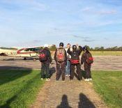 Elever klar til at gå i fly